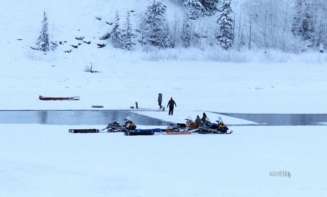 Whitehorse Daily Star: Dawson gains a homemade ice bridge