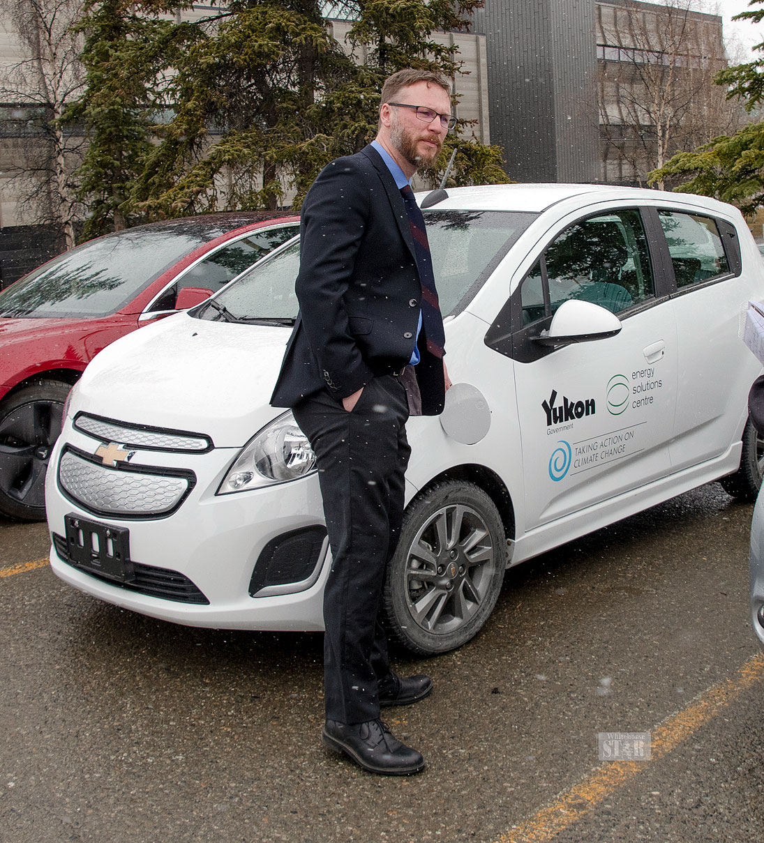 Feds Urged To Improve Transition >> Whitehorse Daily Star Yg Feds Fund Electric Car Charging Stations