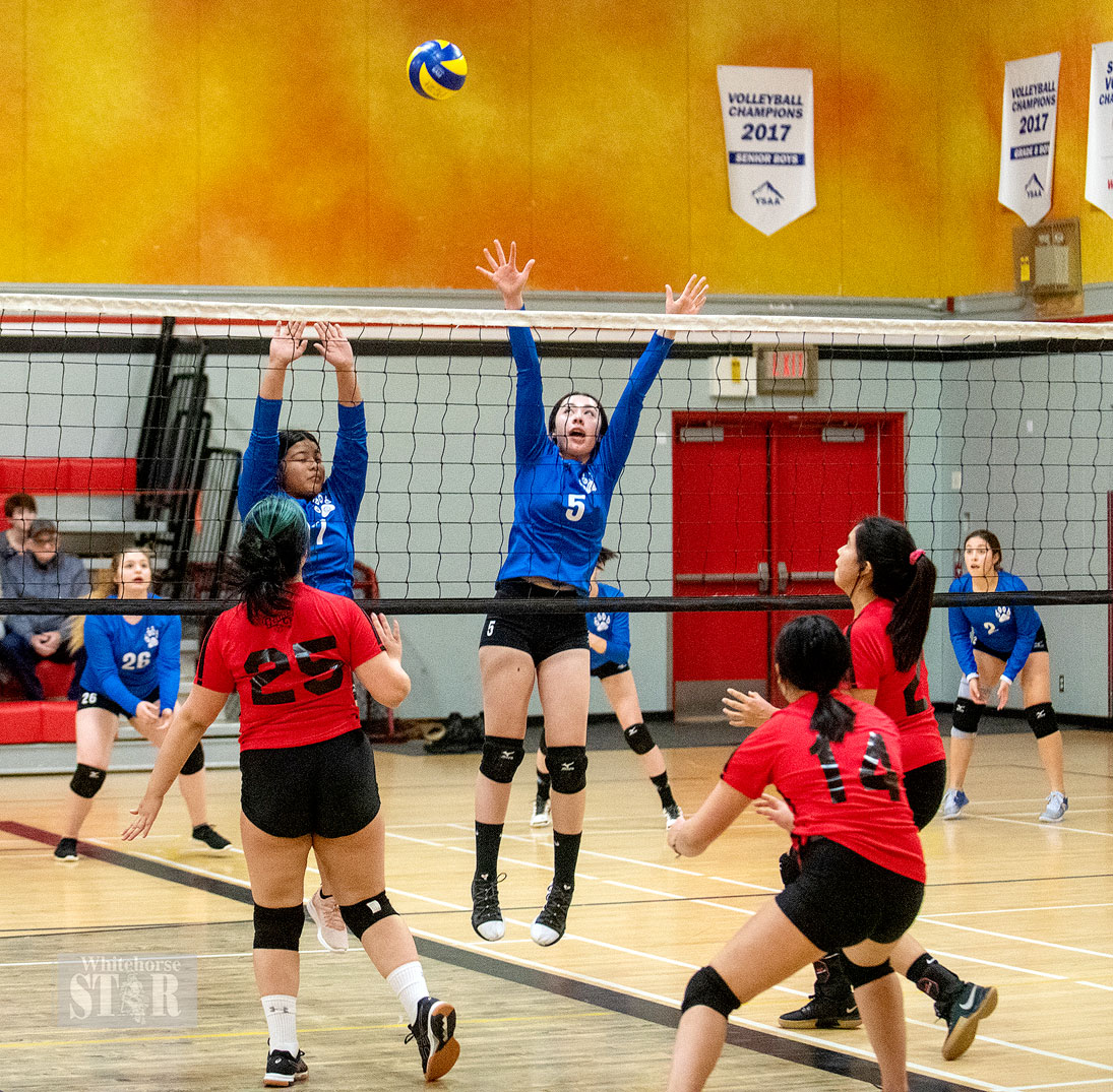 Grades 8, 9/10 volleyball teams begin their runs to the finals - Whitehorse Star
